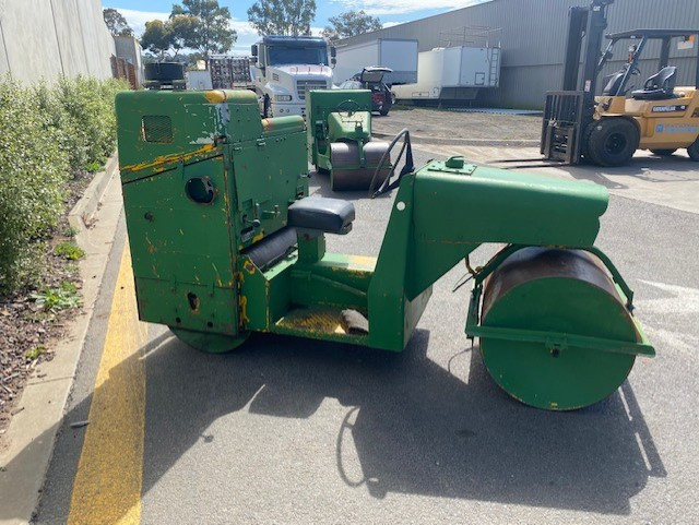 Coates & Co Vibroll Pitch Roller Coates & Co Vibroll Pitch Roller
